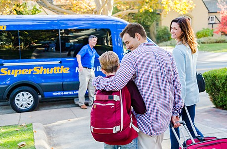 Family using SuperShuttle