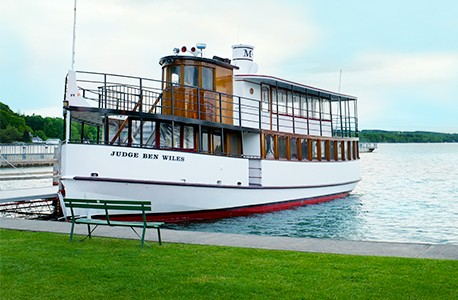 Skaneateles Lake Erie Canal Boat Cruise